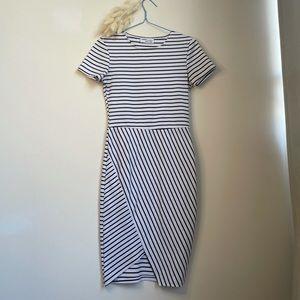💕3 for $25💕 Zara black and white dress